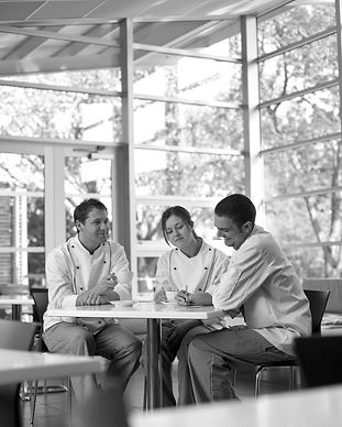 chefs-in-discussion-2-683x1024.jpg