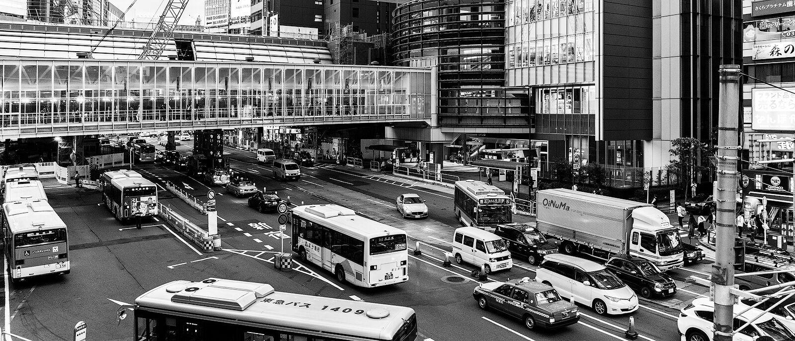 MONO - Tokyo Traffic by Wayne Donaldson ( 7.5 marks)