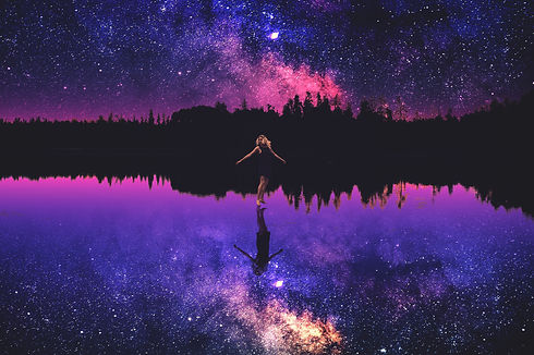 happy-girl-4021x2672-starry-sky-reflecti