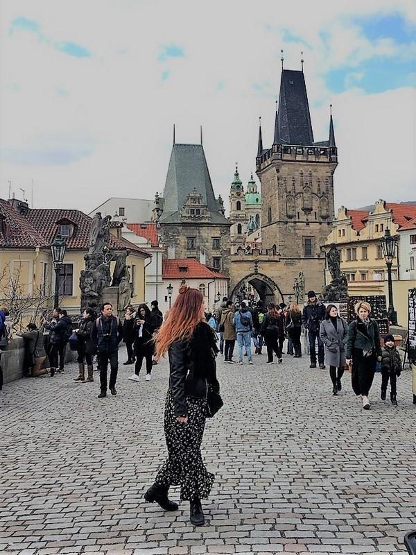 Susi auf der Karlsbrücke