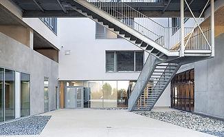 Immeuble Quanta  cour intérieure.jpg