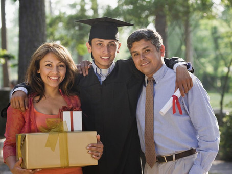 Top 5 reasons parents hire a college consultant
