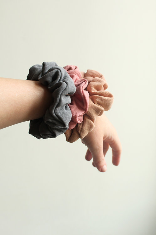 BOTANICALLY DYED COTTON SCRUNCHIES - 3 PACK