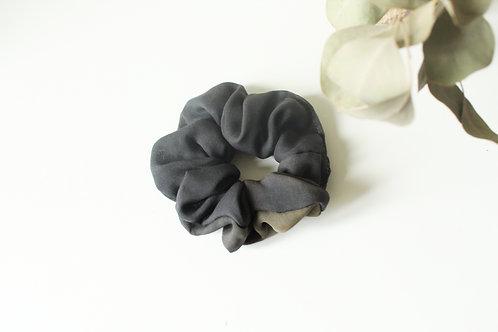 SILK SCRUNCHIE - Gradient Grey