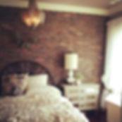 bright-bedroom-exposed-brick-wallpaper-l