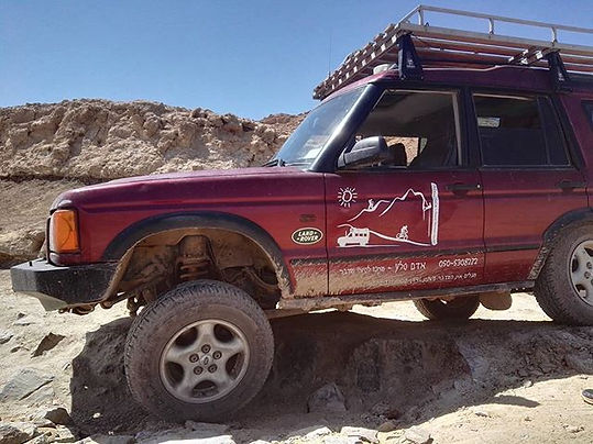 land rover jeep Adam Sela Negev