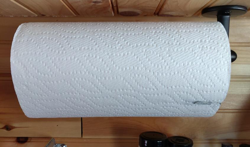 Paper Towel Holder 01