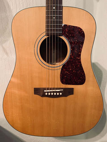 Guild D-40 Dreadnought Bluegrass Guitar