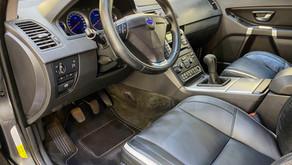 VOLVO XC 90 – Interjera dīteilings un salona pāršūšanas darbi lauku SUV