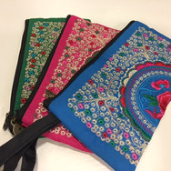 Embroidery wallet33.JPG