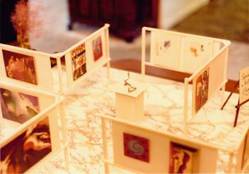 Model of gallery