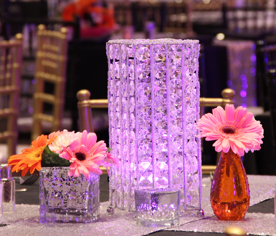 60s 70s Beaded LED Tower and Dasies3.jpg