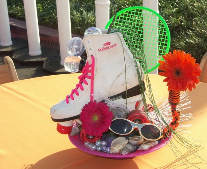 Rollerskate Gerber Daisy 60s Mod.JPG