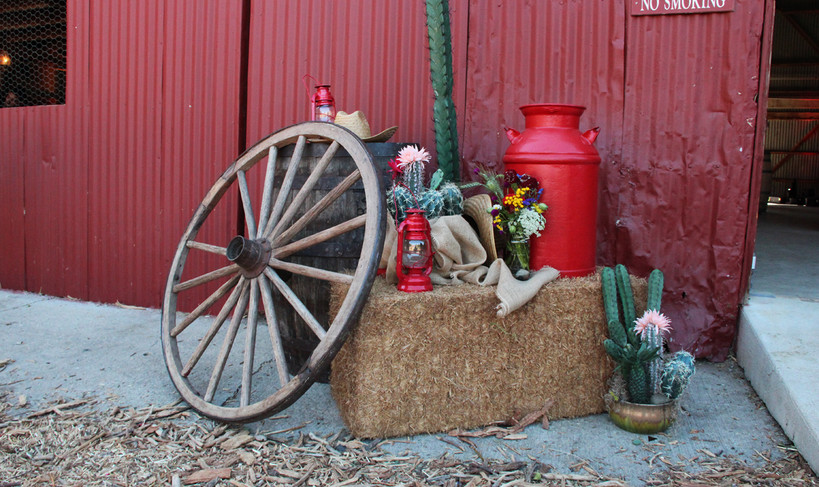 Big Red Barn Western Vignette photo op 8