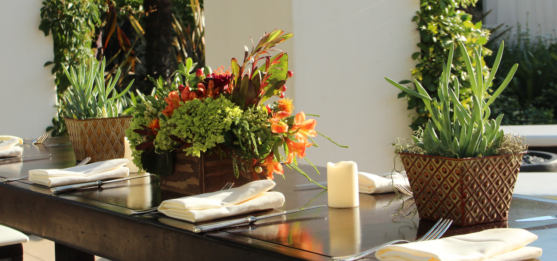 Communal Table Succulent and Floral Grou