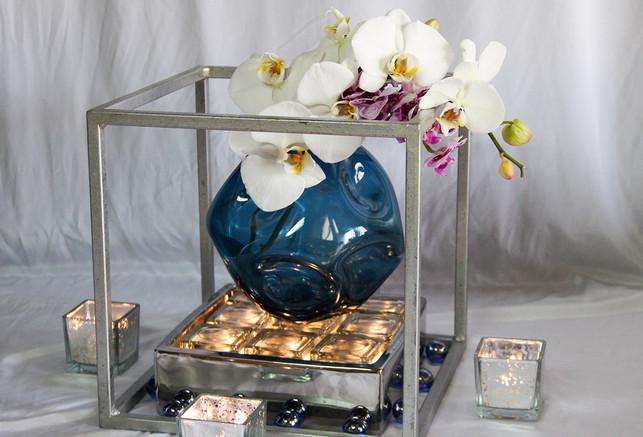 Blue Ball White Orchid w Lights.jpg
