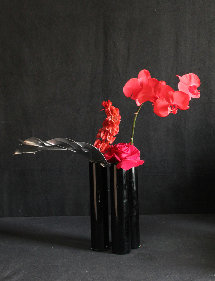 $65 Black Cylindar Trio with Red.JPG
