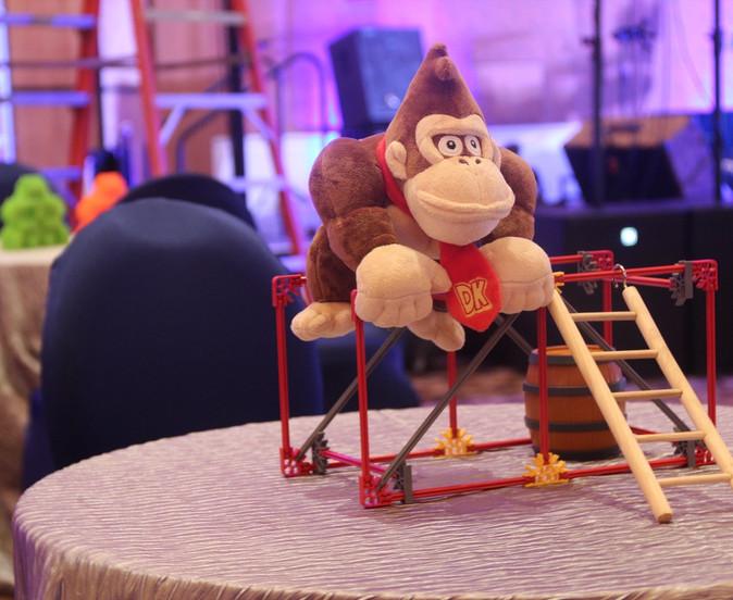 Donkey Kong Gaming Non Floral.JPG