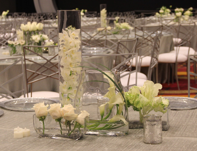 Modern White in Clear Glass with Silver