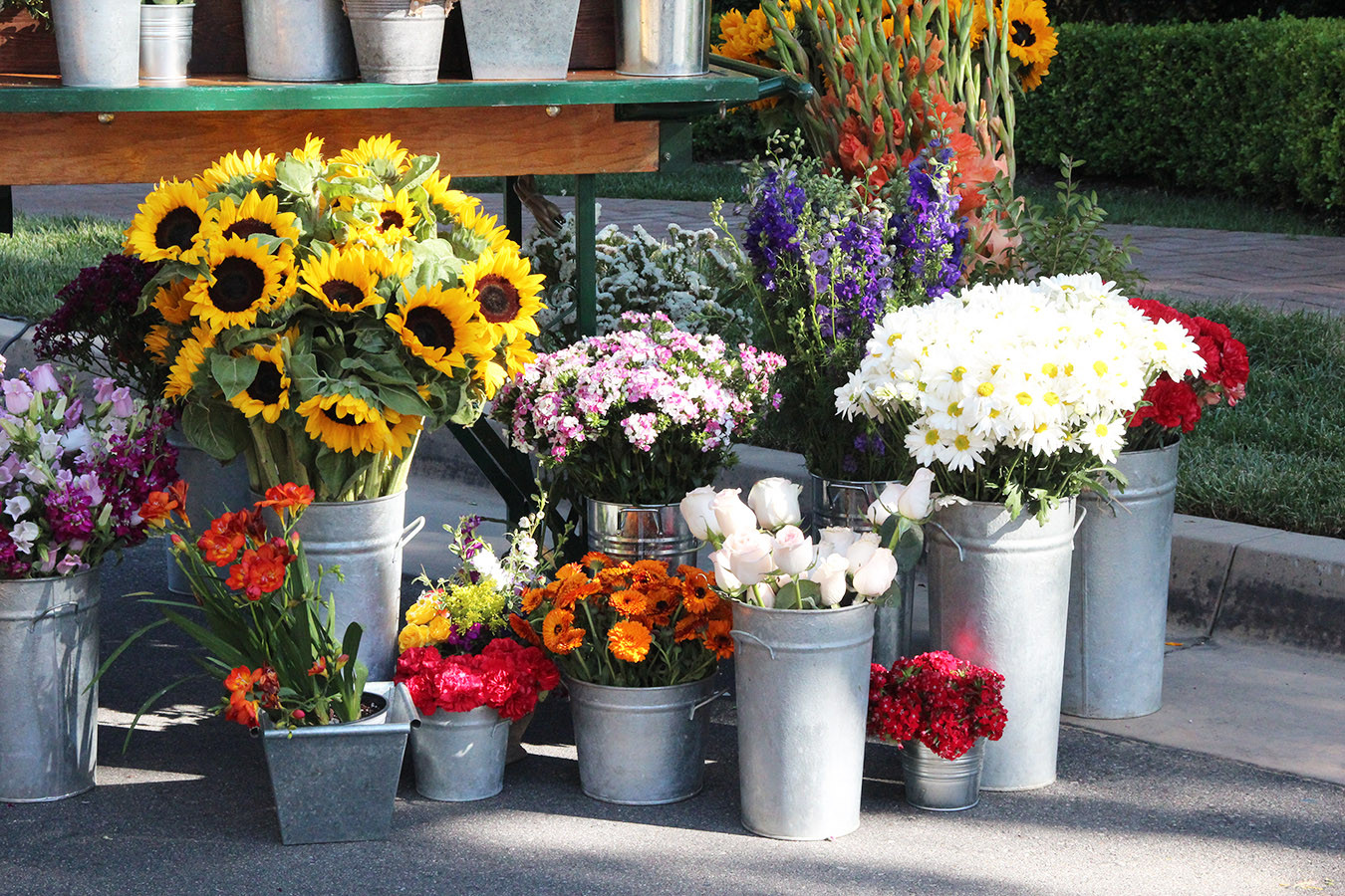 Flower Cart Close Up.jpg
