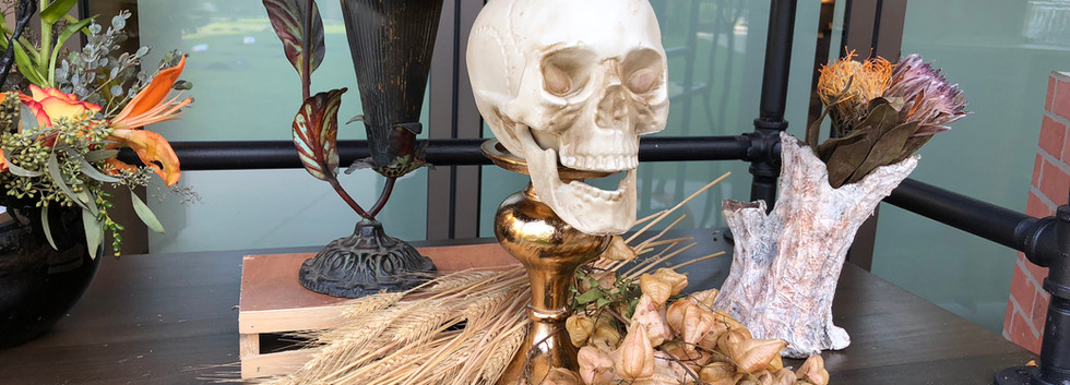 Dried Floral Skelton Head .JPG