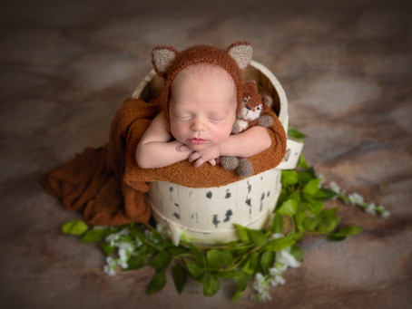 Finding the BEST Newborn Photographer In Utah.