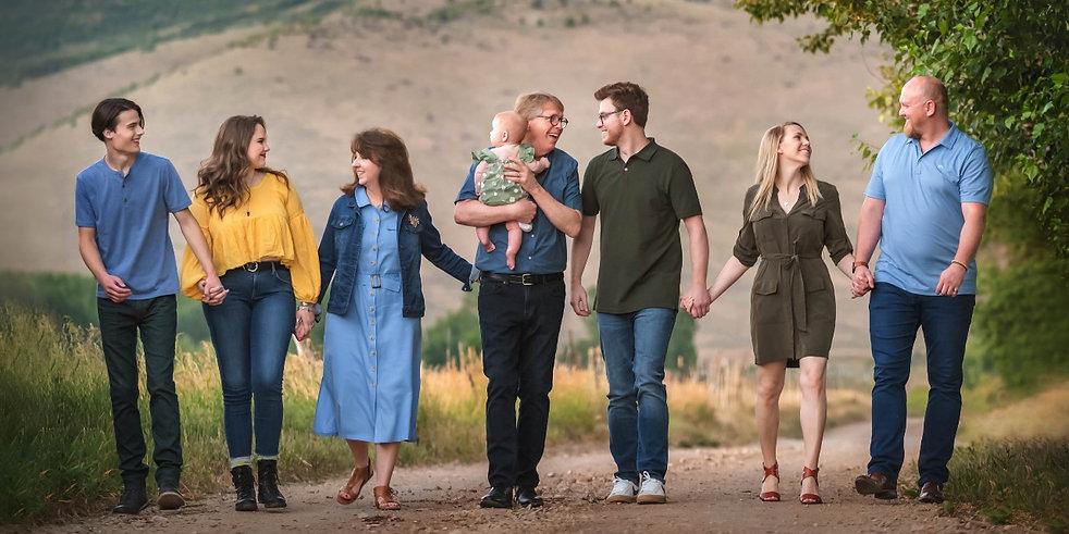 family-photographer-ogden-utah-near-me.jpg