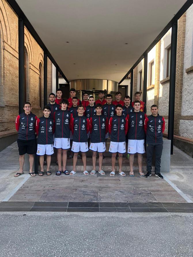 Las Selecciones Españolas de balonmano playa se alojan en la Casa Diocesana