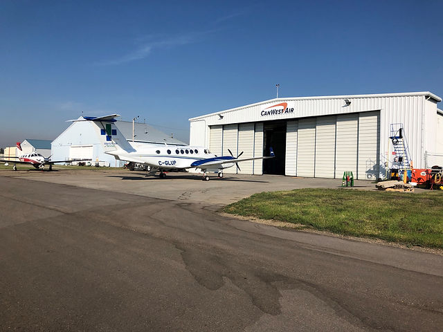 pr hangar.jpg