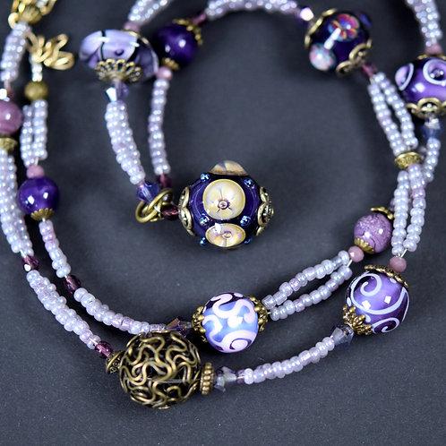 Necklace oriental