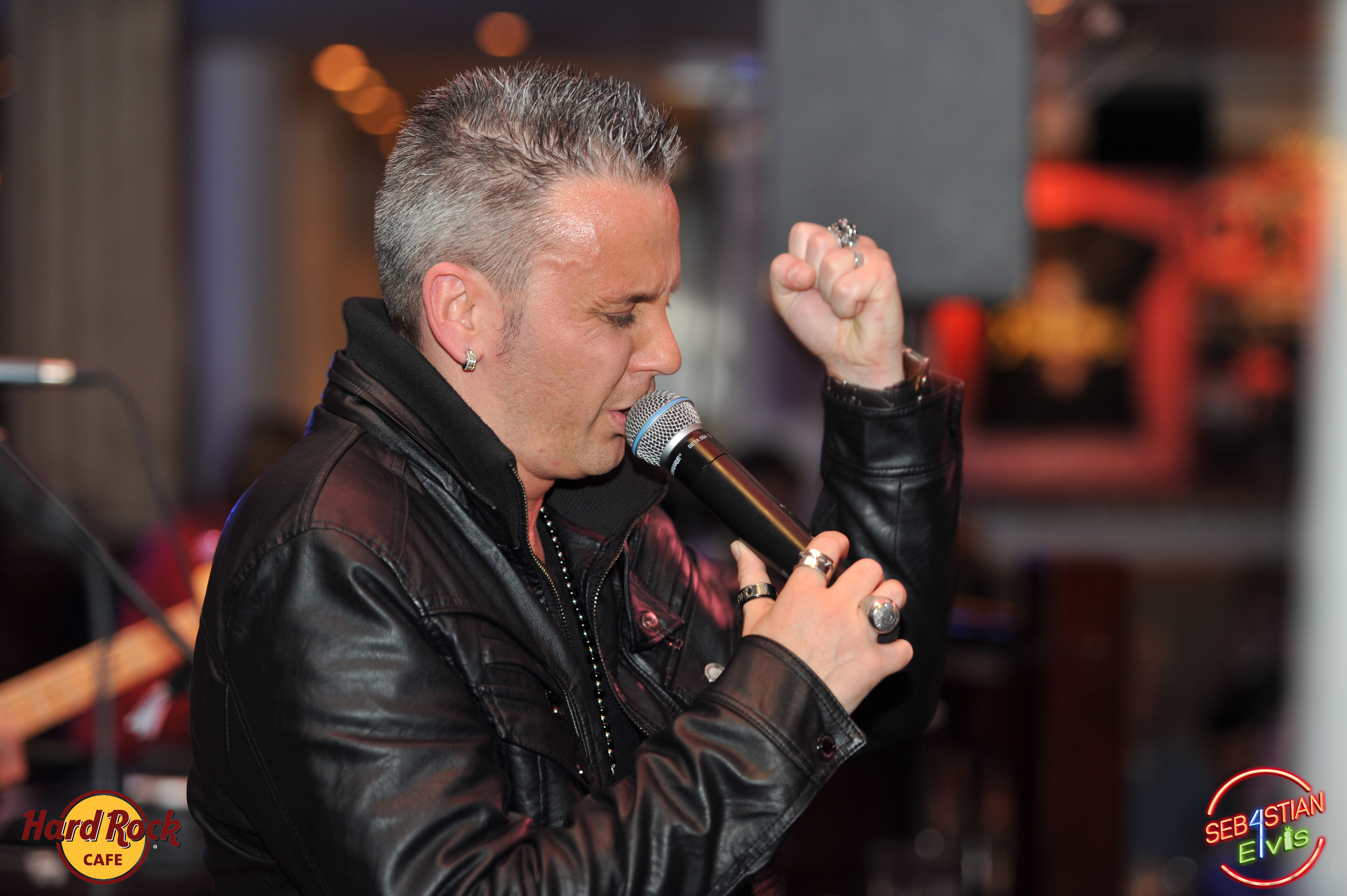 hard-rock-cafe-paris-elvis-night-27 janvier-2016-sebastian-for-elvis-facebook-memorial-show-0069