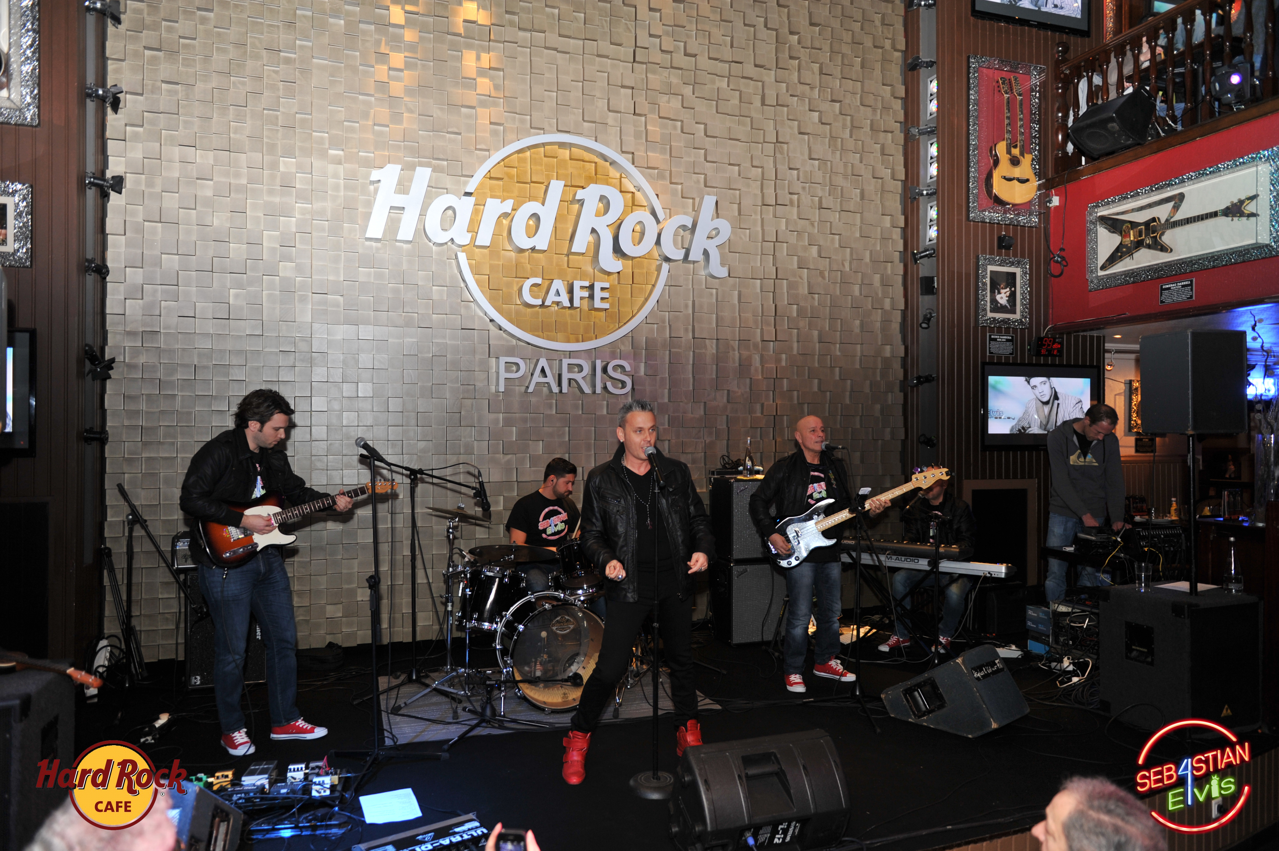 hard-rock-cafe-paris-elvis-night-27 janvier-2016-sebastian-for-elvis-facebook-memorial-show-0007