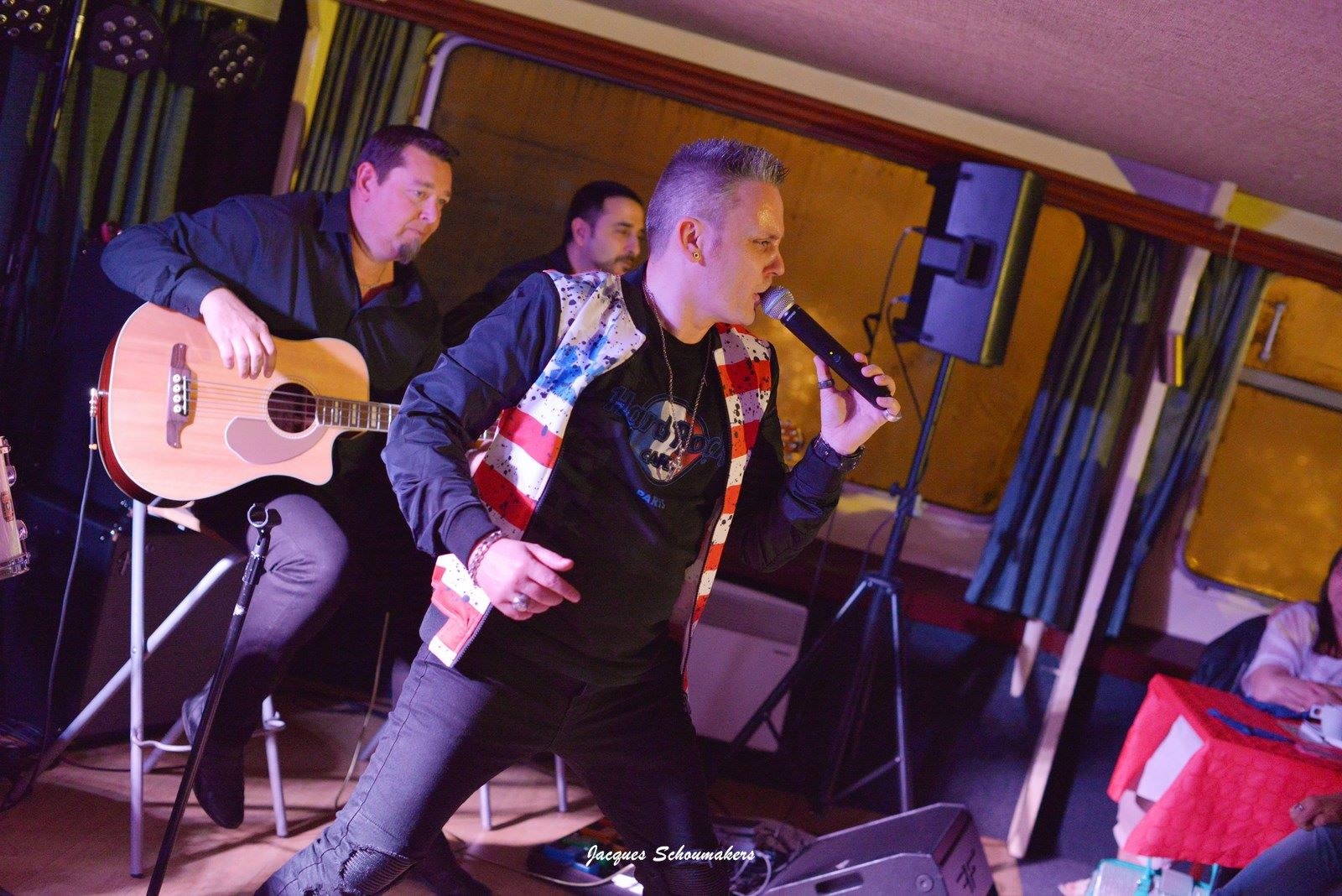 18-Sebastian-For-Elvis-Croisiere-americaine-pays-de-liege-facebook