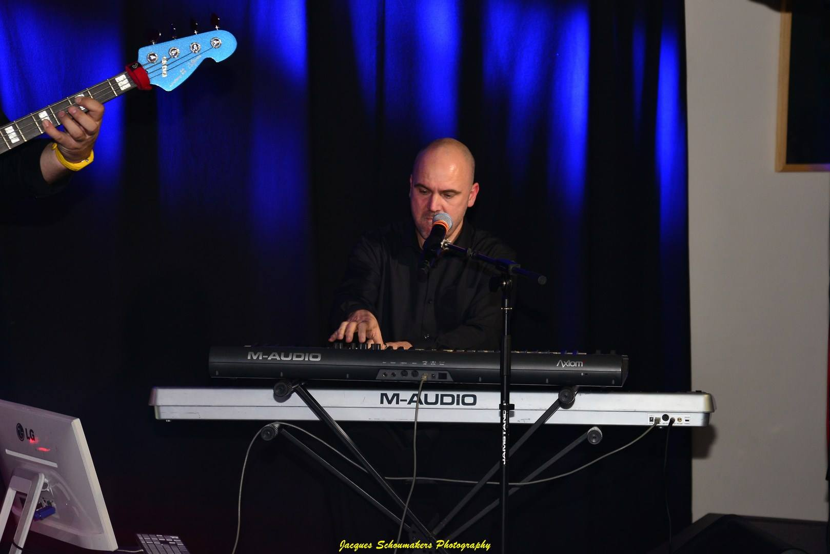 sos-recording-jacques-schoumakers-sebastian-for-elvis-memorial-show-franz-goovaerts-forelvis-10