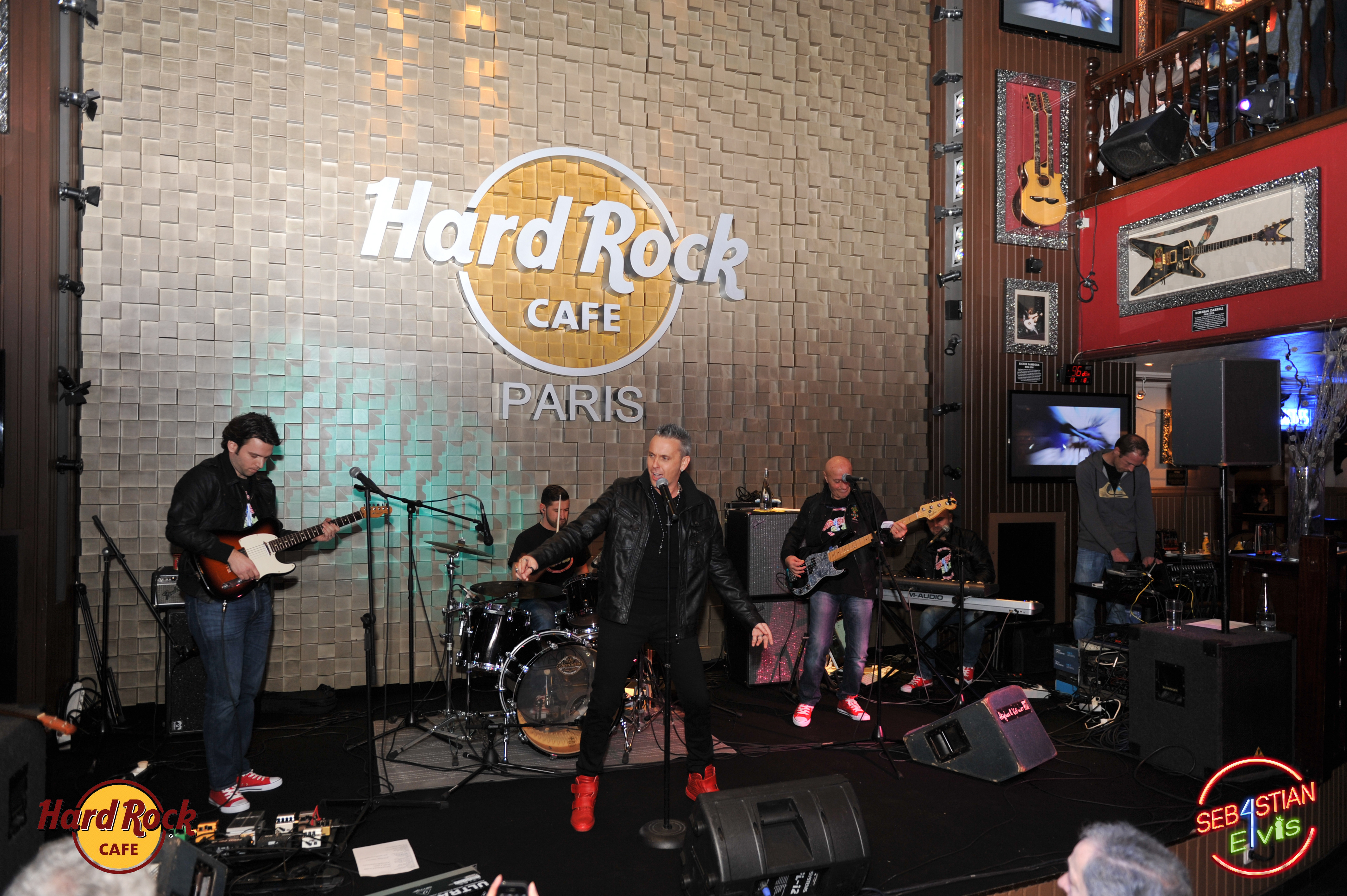 hard-rock-cafe-paris-elvis-night-27 janvier-2016-sebastian-for-elvis-facebook-memorial-show-0006