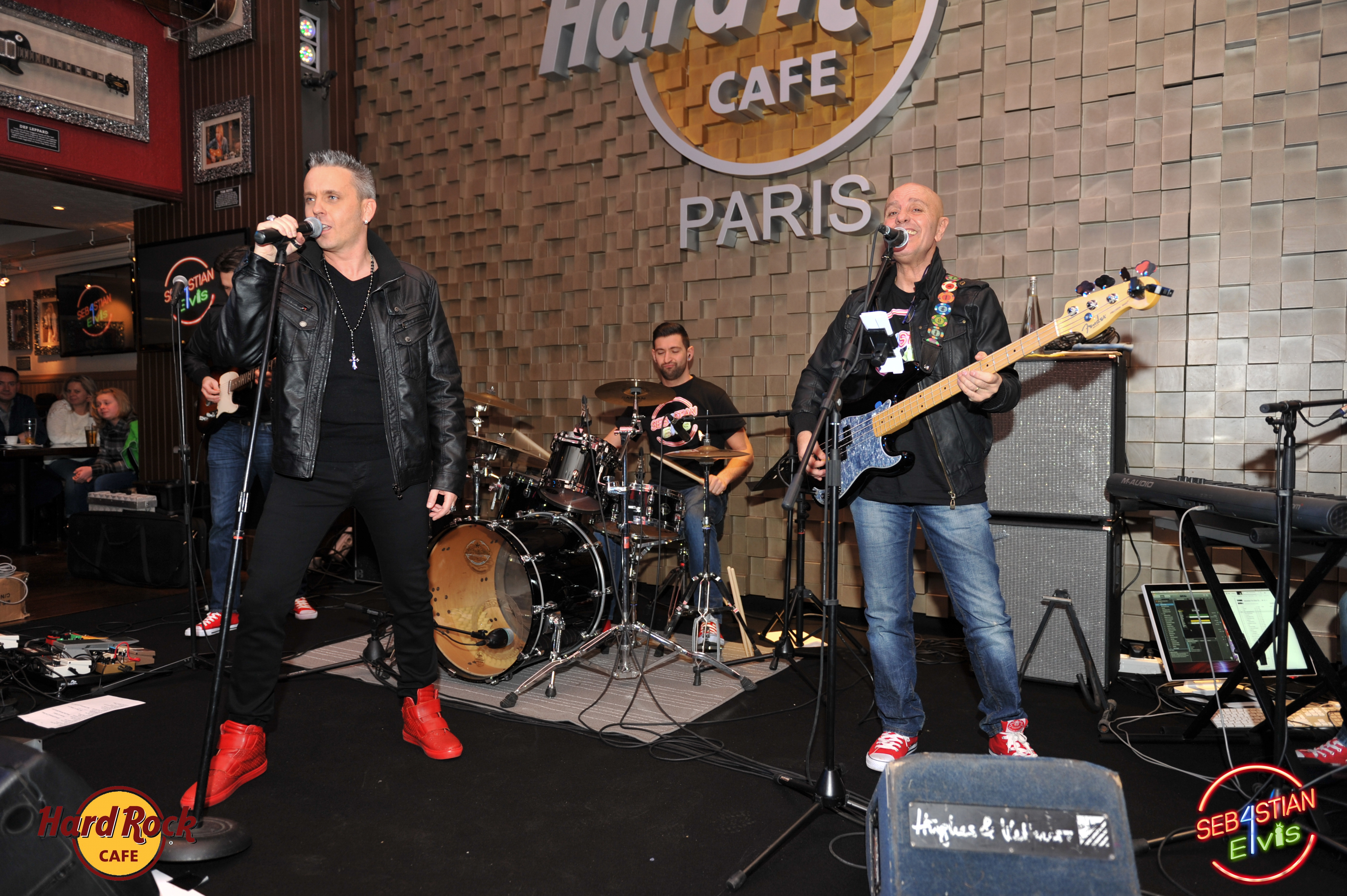 hard-rock-cafe-paris-elvis-night-27 janvier-2016-sebastian-for-elvis-facebook-memorial-show-0046