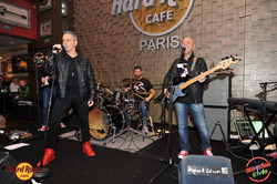 hard-rock-cafe-paris-elvis-night-27 janvier-2016-sebastian-for-elvis-facebook-memorial-show-0046
