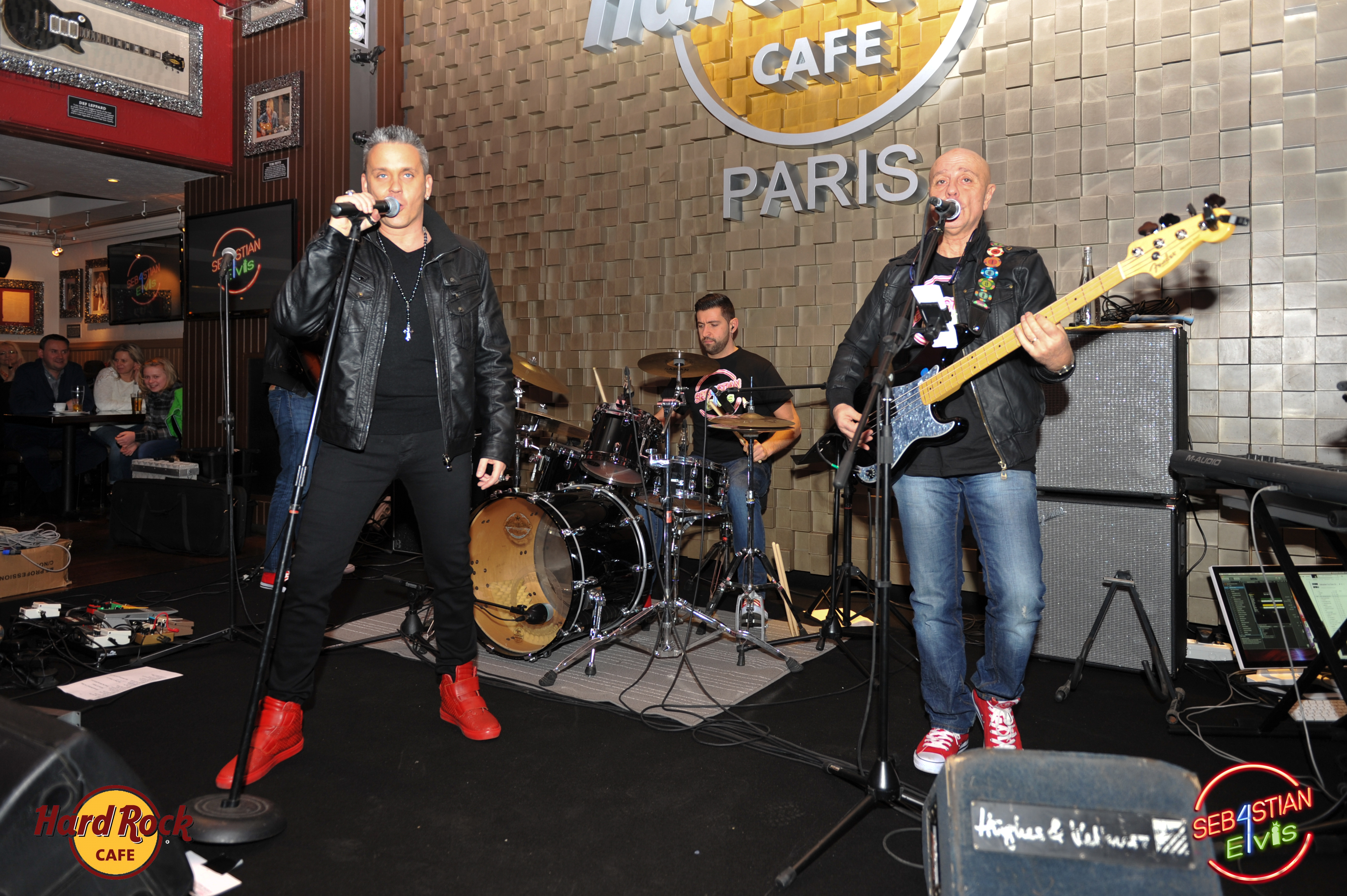 hard-rock-cafe-paris-elvis-night-27 janvier-2016-sebastian-for-elvis-facebook-memorial-show-0045