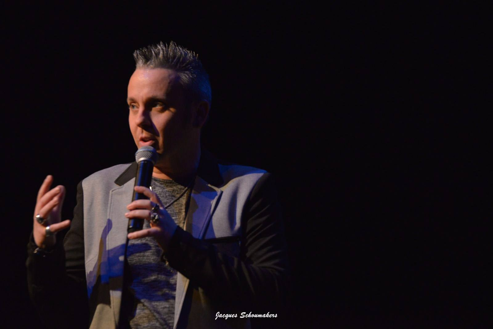 Sebastian-for-elvis-centre-culturel-andenne-jacques-schoumakers-facebook-28