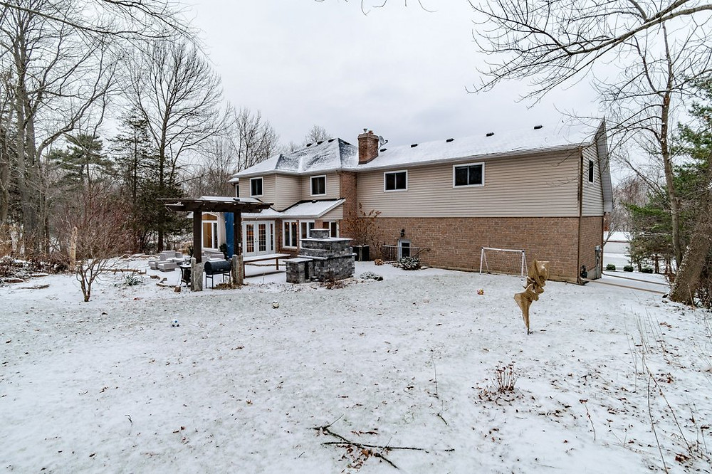 35 Faircrest Blvd., Kingston, ON