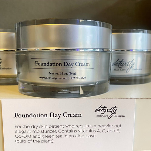 Foundation Day Cream