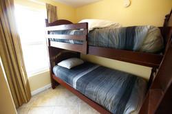 Bunk Room Unit 1715