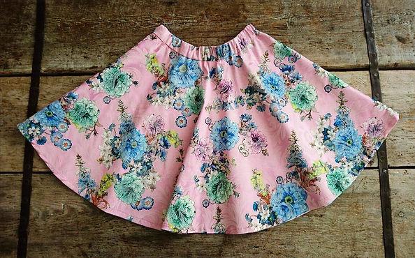 Semi-circular skirt
