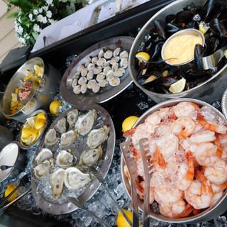 Seafood Raw Bar, Small.JPG