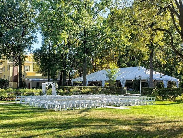 It's #weddingwednesday and we're looking