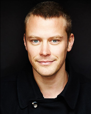 Michael Dorman actor photo for review