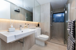 378 Durham St - upstairs bathroom