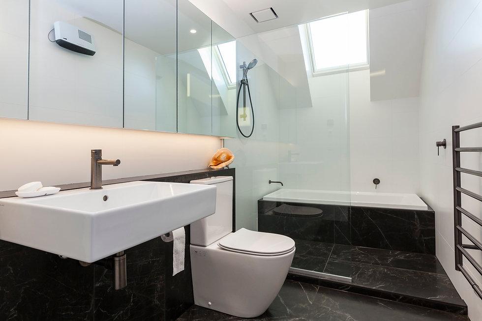 VSQ300 Frameless Square Magnetic Bathroom Grille | Ventech