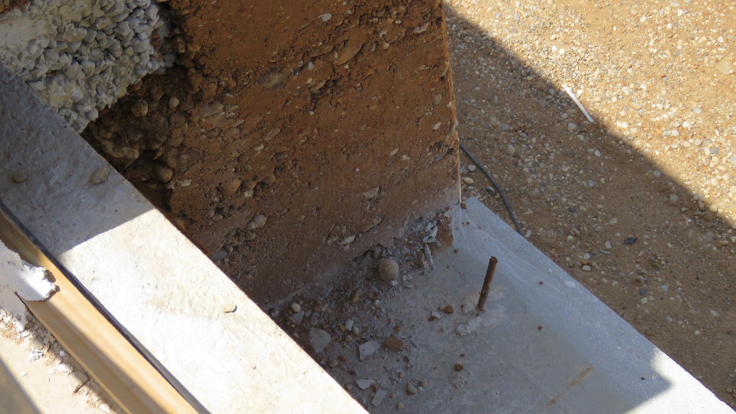 monolit betonkoszorú a fal megfogására