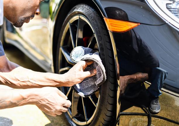Wheel cleansing
